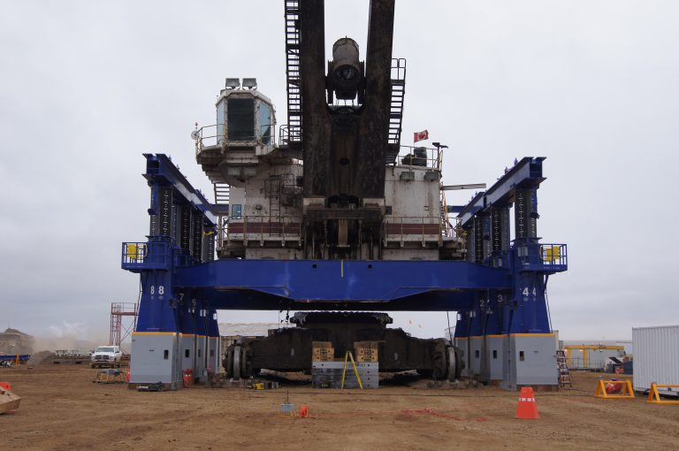 J&R Engineering LIFT-N-LOCK® Hydraulic BOOM Gantry 2,600 Ton Shovel Lift