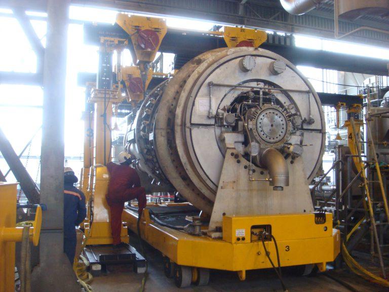 J&R Engineering LIFT-N-LOCK® Hydraulic Gantry - 400 Series/Turbine Cart