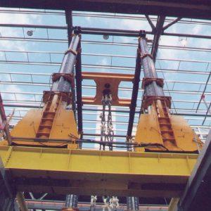J&R Engineering LIFT-N-LOCK® Hydraulic Gantry - Rotator